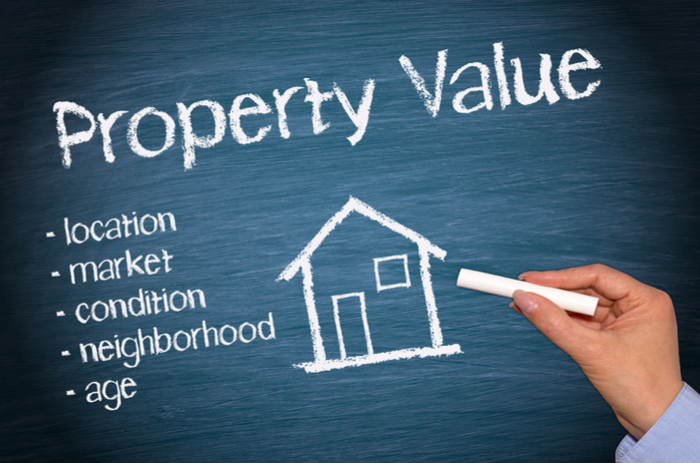 buying a house | https://www.valmark.in/blog/wp-content/uploads/2019/02/shutterstock_189616751.jpg